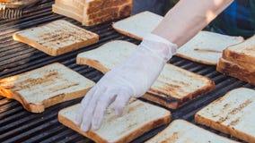 Tostada del pan frita en una parrilla Fotografía de archivo libre de regalías