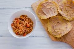 Tostadas Mexicanas com galinha, alimento mexicano de tinga de pollo em México fotos de stock