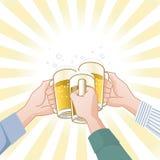 Tostando con la birra Immagine Stock