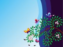 Tot bloei komende tak van een boom en de vlinder Royalty-vrije Stock Foto