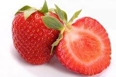 Totalité et demi fraise Photo libre de droits