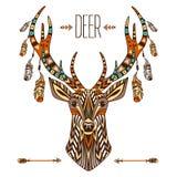 Totem ethnique d'un cerf commun Un tatouage d'un cerf commun avec un ornement Utilisation pour la copie, affiches, T-shirts, tato Images stock