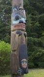 Totem palo del nativo di Saxman fotografia stock libera da diritti