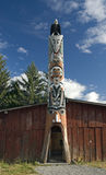 Totem Pole in Bella Coola Lizenzfreie Stockfotografie