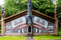 Free Totem Pole Cabin Stock Photos - 78644613