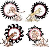 Totems - leões e leopardos com sinais solares Fotografia de Stock Royalty Free