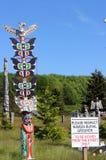 Totemu słupa ` Namgis narodu Pierwszy miejsce pochówku, ostrzeżenie zatoka, BC Obraz Stock