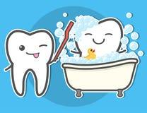 Toth di spazzolatura di dente nel bagno Immagini Stock