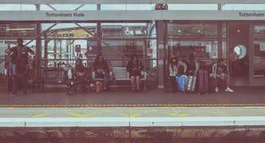 Tottenham instämmer stationen i London, tappningblick royaltyfri bild