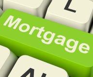 Touche d'ordinateur d'hypothèque montrant le crédit ou l'emprunt en ligne Photo stock