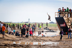 Tough Mudder: Spectators at the Walk the Plank Royalty Free Stock Photo