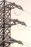 Tour électrique dans le jour de neige Image stock
