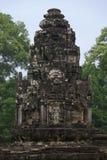 Tour antique de temple dans la jungle Images libres de droits