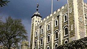 Tour archivistique de château de Londres banque de vidéos