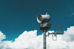 Tour avec la machine d'émetteur de neige Photo stock