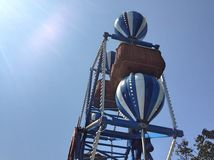 Tour bleu de roue de ferris photographie stock