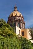 Tour coloniale de cathédrale Images stock
