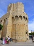 Tour d'église médiévale dans les Frances photographie stock