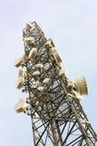 Tour d'émetteur de téléphone portable Photos libres de droits