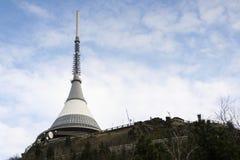 Tour d'émetteurs de télécommunication sur Jested, Liberec Image libre de droits