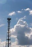 Tour d'antenne de transmission Photographie stock