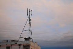 tour d'antenne du téléphone 3G photographie stock libre de droits