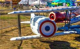 Tour d'avion à la petite foire régionale Images stock