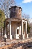 Tour d'eau abandonnée de chemin de fer Image stock