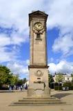 Tour d'horloge dans des jardins de Jephson dans la station thermale de Leamington Images libres de droits