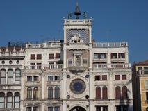Tour d'horloge de St Mark à Venise Image stock