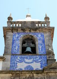 Steeple de Capela DAS Almas à Porto, Portugal Photos stock