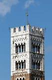 Tour de Bell du San Martino Cathedral à Lucques Images libres de droits