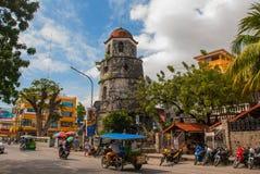 Tour de Bell historique faite en ville de Coral Stones - de Dumaguete, Negros Oriental, Philippines Photographie stock libre de droits