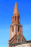 Tour de brique d'église luthérienne de Kaukemen de 1706 de la construction Photo stock