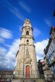 Tour de Clerigos dans la ville de Porto Image stock