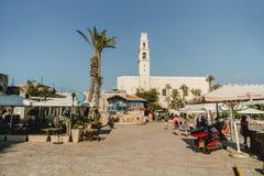 Tour de cloche antique près d'église de St Peter à Tel Aviv Jaffa photographie stock
