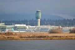 Tour de contrôle du ` s YVR de Vancouver Images stock