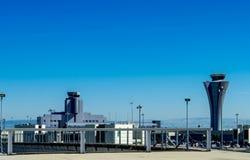 Tour de contrôle à l'aéroport de SFO Photos libres de droits