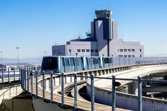 Tour de contrôle à l'aéroport de SFO Image libre de droits