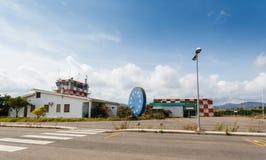 Tour de contrôle abandonné d'aéroport Images stock