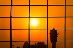 Tour de contrôle d'aéroport Images libres de droits