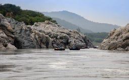 Tour de Coracel sur Cauvery Image libre de droits