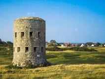 Tour de guet antique sur l'île de Guernesey Image stock