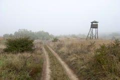 Tour de guet dans le brouillard Images libres de droits