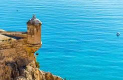 Tour de guet de Santa Barbara Castle dans Alicante, Espagne Photos stock