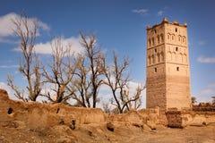 Tour de guet de kasbah dans les ruines Skoura morocco Photographie stock