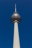 Tour de la télévision de Berlin vue de sa base Images libres de droits
