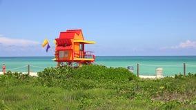 Tour de maître nageur à Miami banque de vidéos