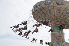 Tour de parc d'attractions images libres de droits