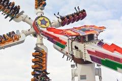 Tour de parc d'attractions image stock